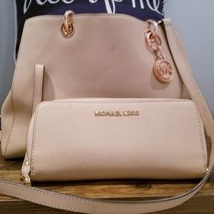 Michael Kors blush purse and matching wallet
